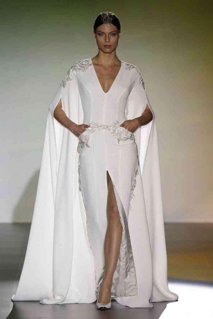 rochie mireasa cu pelerina