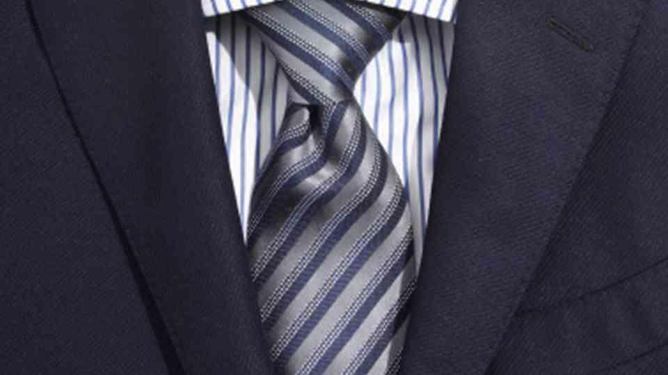 camasa dungi+cravata dungi diagonale