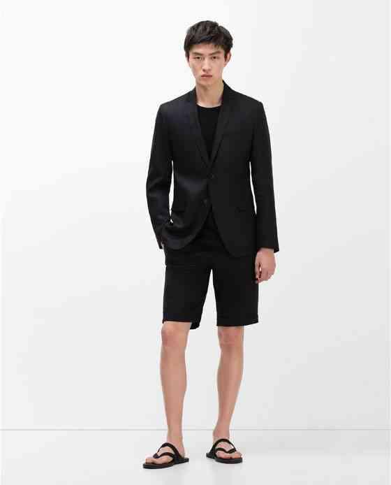 costum in negru cu bermude