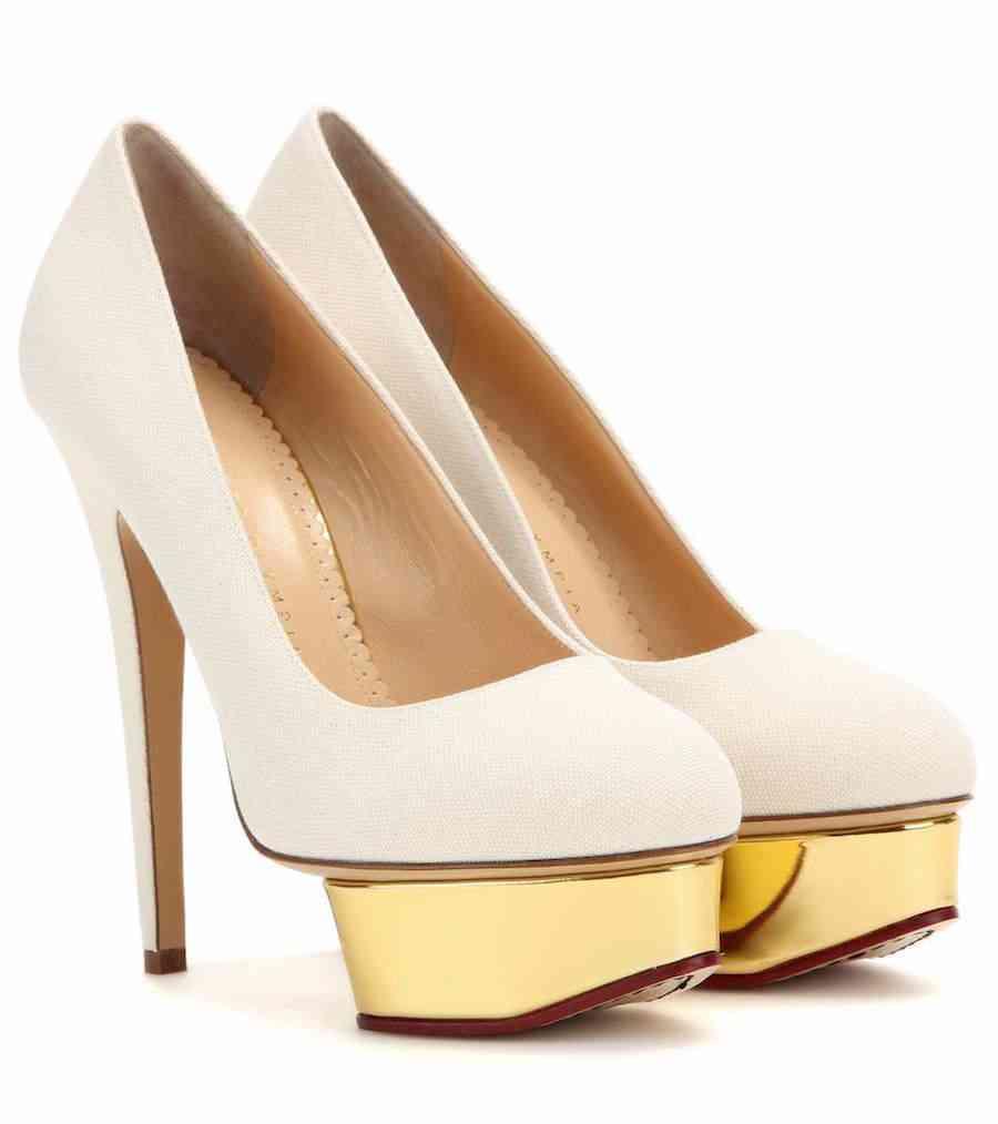 pantofi albi charlotte olympia