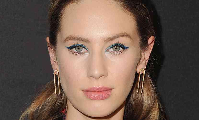 priviri multicolore-eyeliner albastru