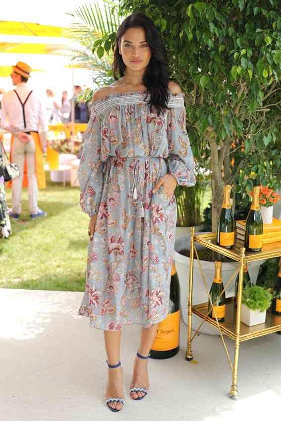 shanina_shaik rochie decolteu bardot