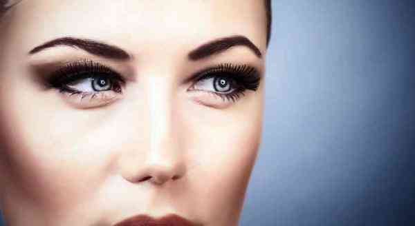 folosire produse cosmetice