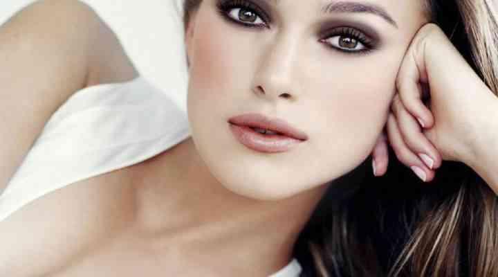 Cinci produse pe care ar trebui să le incluzi în trusa de make-up