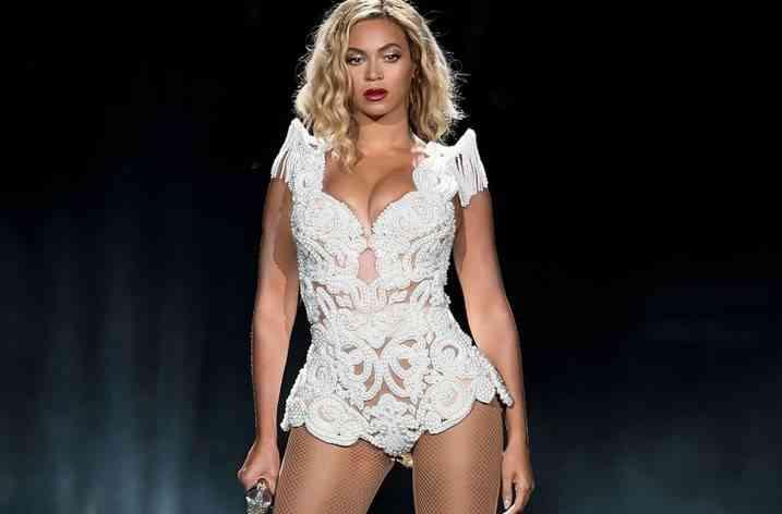 Beyonce colaborează cu Topshop pentru o linie vestimentară