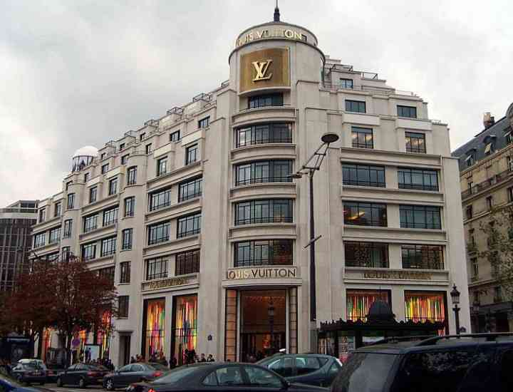 Louis Vuitton – cel mai valoros brand de lux din lume