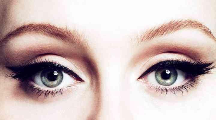 Mai multe abordări ale machiajului de tip cat eye