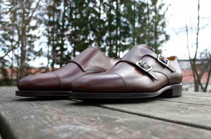 Pantofii double monk
