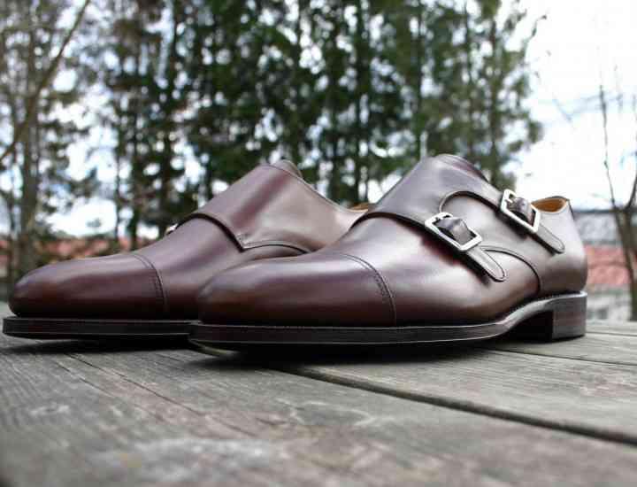 Pantofii realizaţi în Româmia pe locul patru în topul celor mai scumpi din Europa