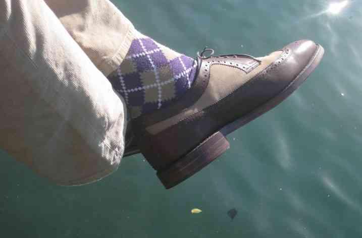 Cum să asortezi şosetele
