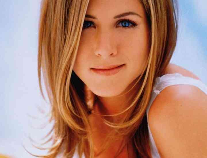Jennifer Aniston are o cicatrice imensă pe faţă