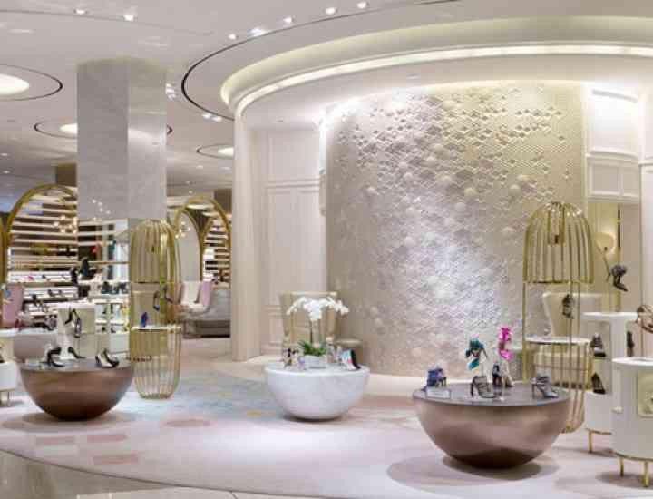 Cel mai mare magazin de pantofi din lume se află în Dubai. Cum arată