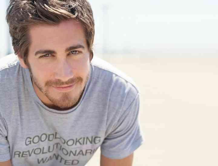 MEN'S CORNER: Cum alegi şi pui în evidenţă tricoul clasic