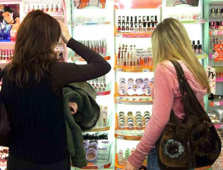 Cum să alegi corect cosmeticele de care ai nevoie