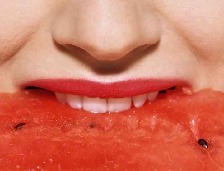 Ce mâncăm vara pentru o piele luminoasă şi o imunitate puternică