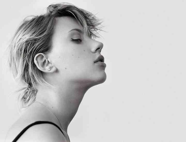 Scarlett Johansson are forma nasului perfectă