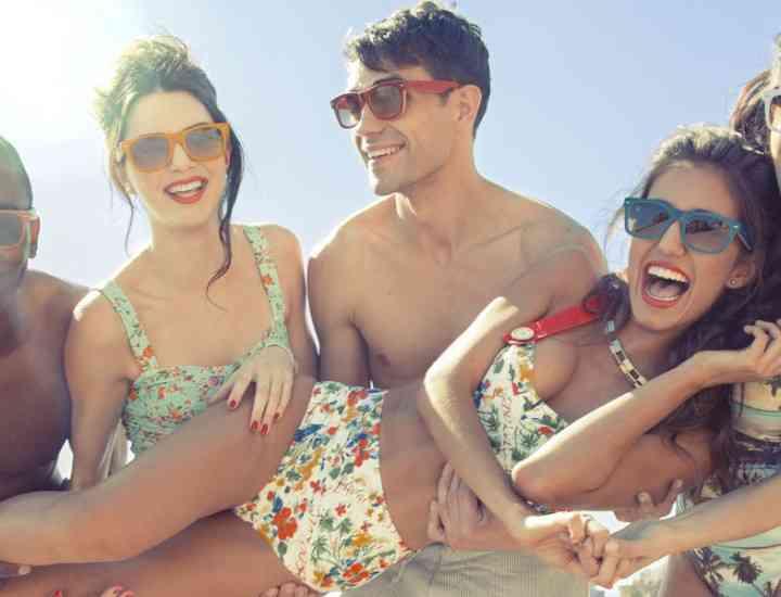Ce modele, forme și culori de ochelari de soare se poarta în vara 2014