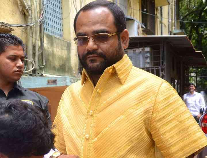 Un indian și-a făcut cadou o cămașă de aur de 4 kg