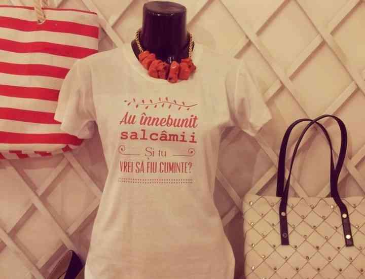 Ce se poartă în 2014: Tricouri cu poezii româneşti, marca Printoteca