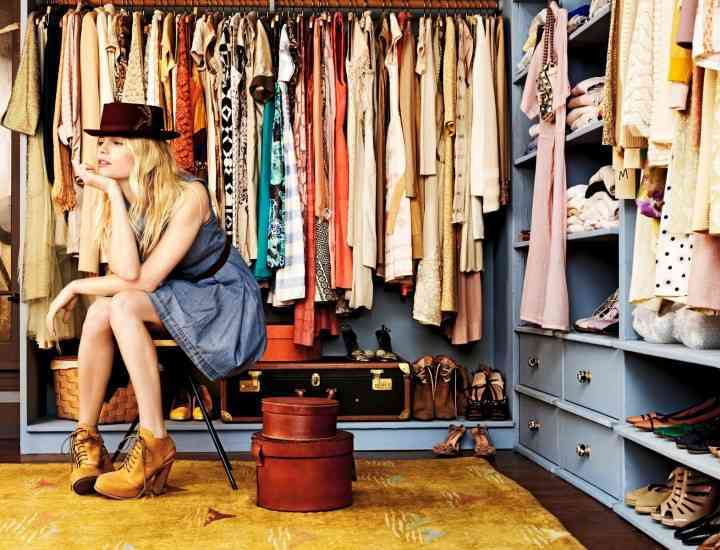 Ținuta zilei: Cum să te îmbraci mâine – Idei și sfaturi