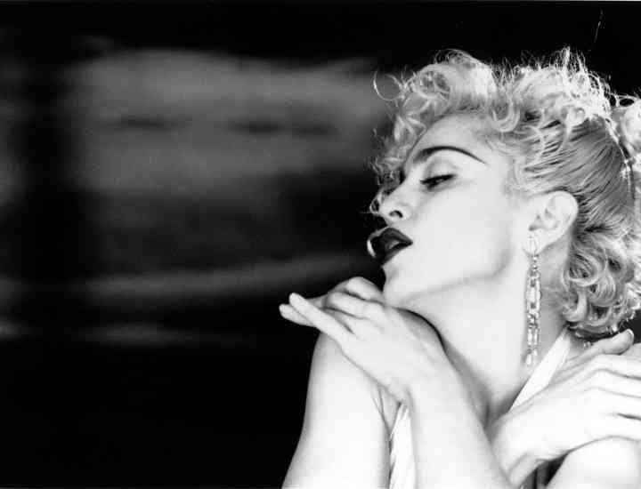 """Lauren Bacall, ultima """"supravieţuitoare"""" dintre vedetele citate de Madonna în piesa """"Vogue"""""""
