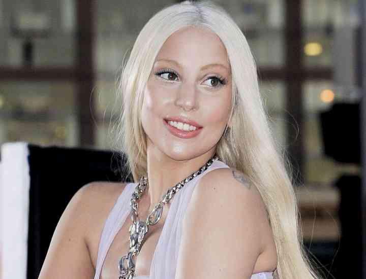 Lady Gaga este mândră de silueta sa