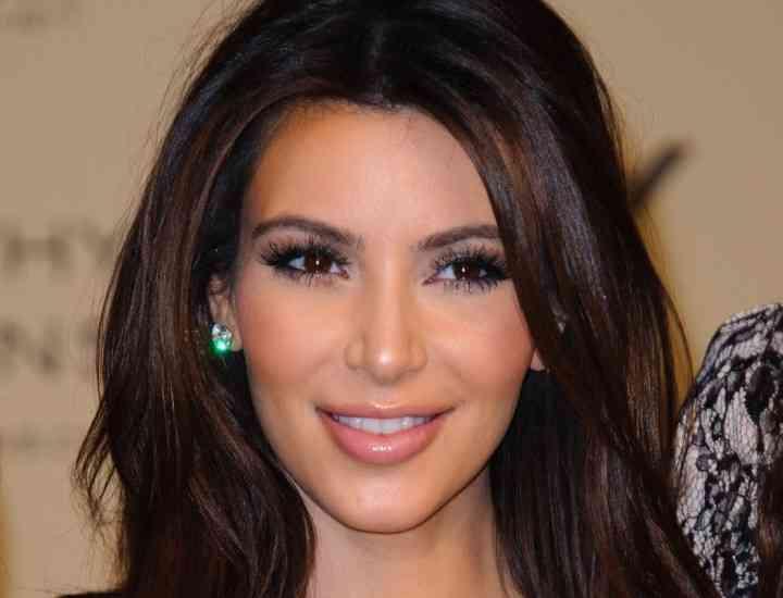 """""""Mă simt mai tânără de fiecare dată când îl văd"""" – Kim Kardashian"""