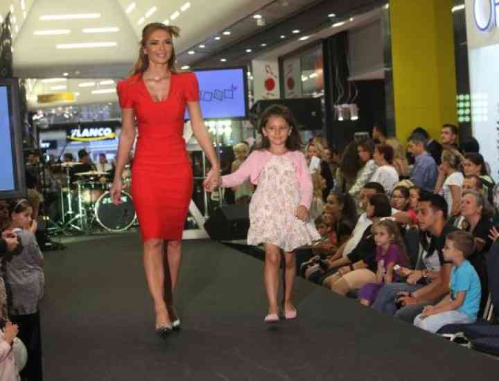 Ce poartă copiii în 2014: prezentare de modă pentru cei mici, în Promenada