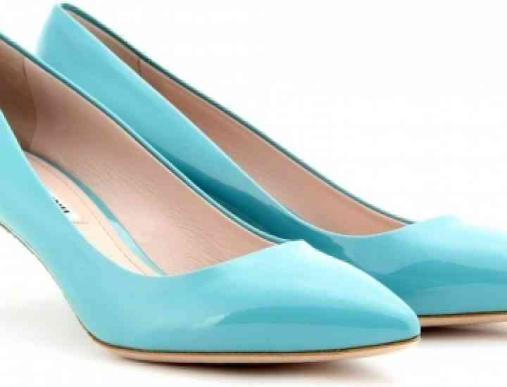 Ce spun pantofii pe care-i porți despre tine