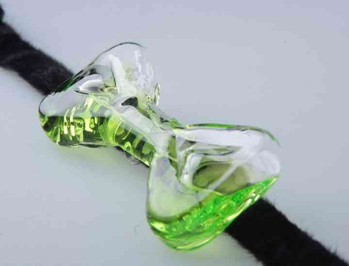 Butterfly Bow Tie, brand nou care produce papioane unice realizate din sticlă