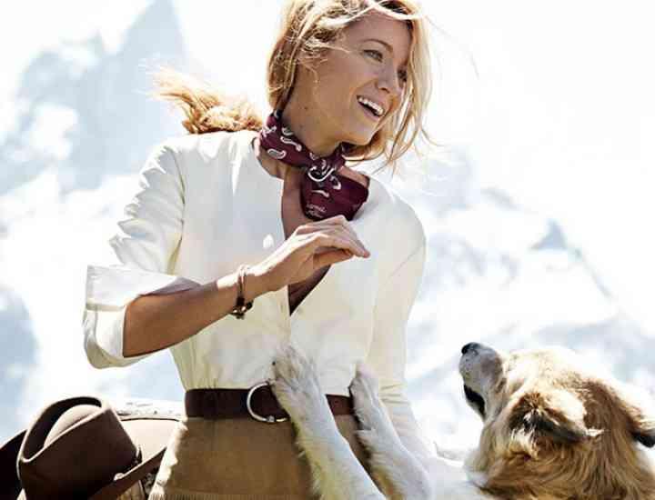 "Cine face parte din noul val de fotomodele de succes, numite de Vogue ""Instagirls"""