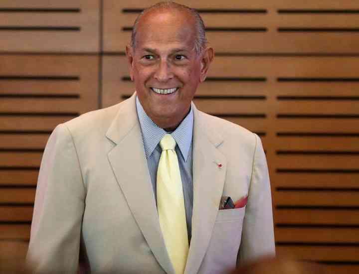 Designerul Oscar de la Renta a murit la 82 de ani