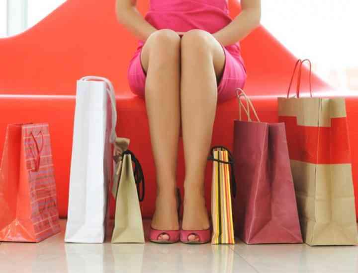 BLACK FRIDAY 2014  pe site-urile de FASHION şi în mall. Ce reduceri găseşti de BLACK FRIDAY