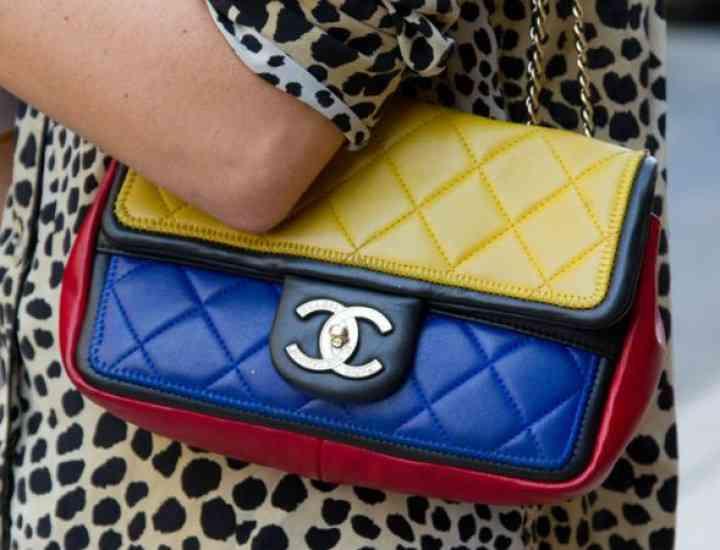 Cum deosebești o geantă autentică de designer de un fals