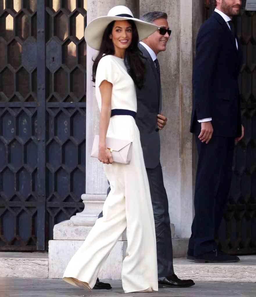 moda femei 2015 costume alb