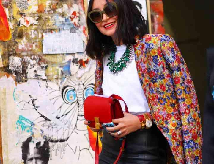 Sacoul cu imprimeuri florale este la modă în această primăvară!