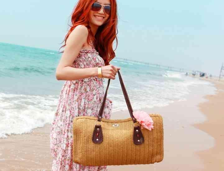 Ce trebuie să conțină geanta de plajă?