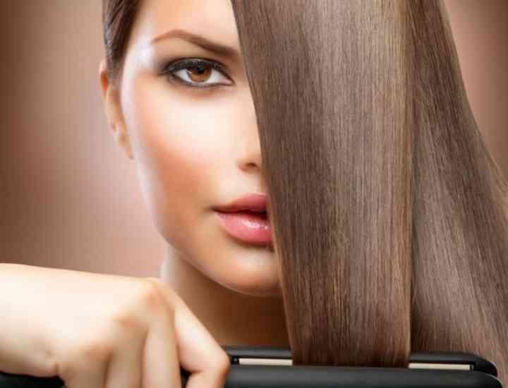 Sfaturi pentru îndreptarea corectă a părului cu placa