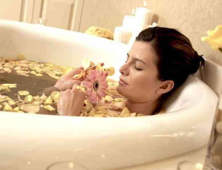 Sfaturi pentru o baie relaxantă