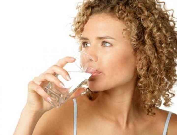 Importanța apei într-o dietă echilibrată