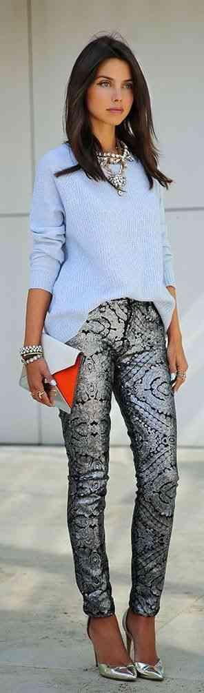 pantaloni metalizati