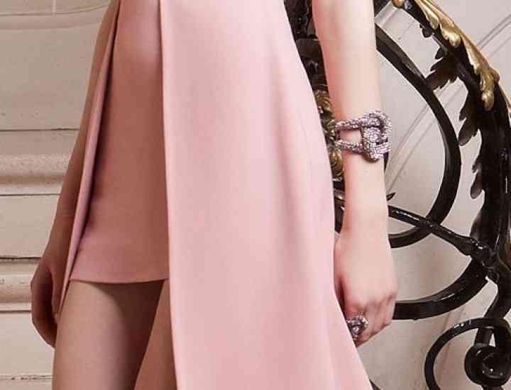 Cum să purtăm roz fara să părem imature