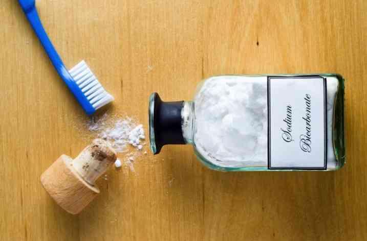 12 trucuri briliante de frumuseţe cu bicarbonat de sodiu