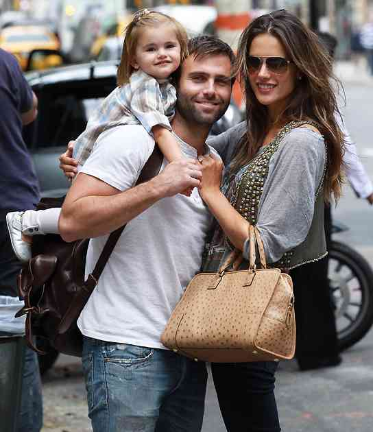 Alessandra Ambrosio familie