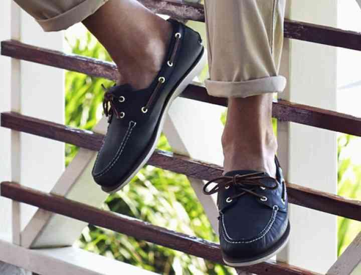 Vara asta se poartă boat shoes