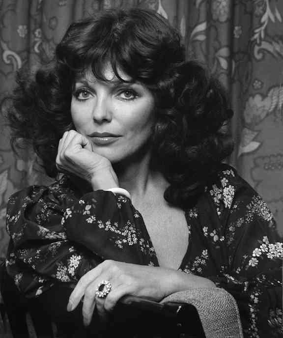Joan Collins muza