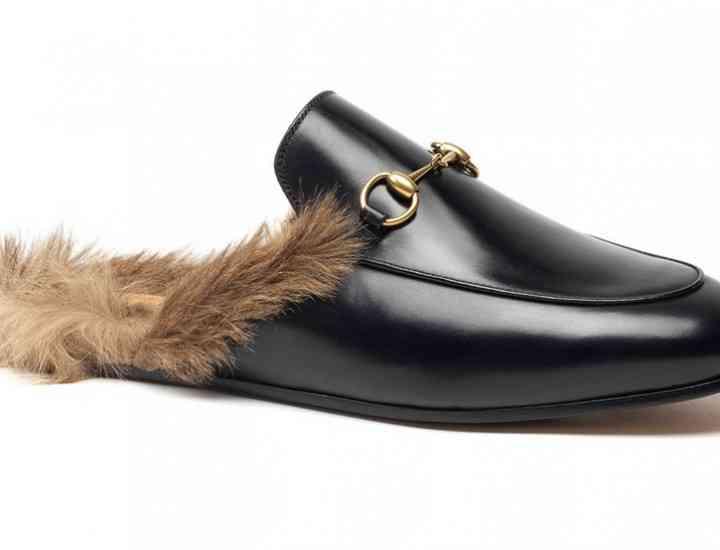 Mocasini Gucci cu blană, între tendință și tradiționalism