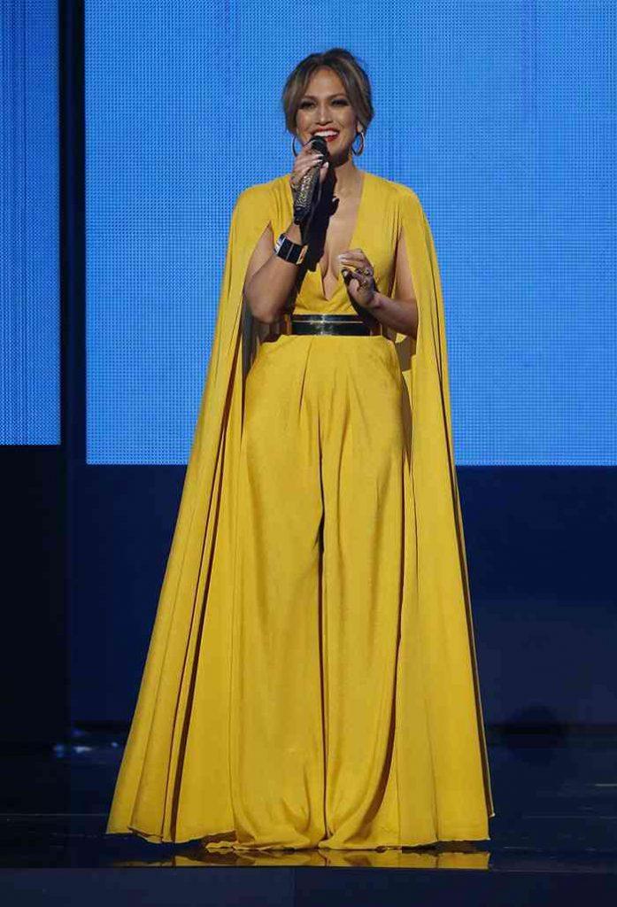 rochie galbenă j lo