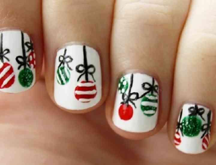 Modele unghii de Crăciun