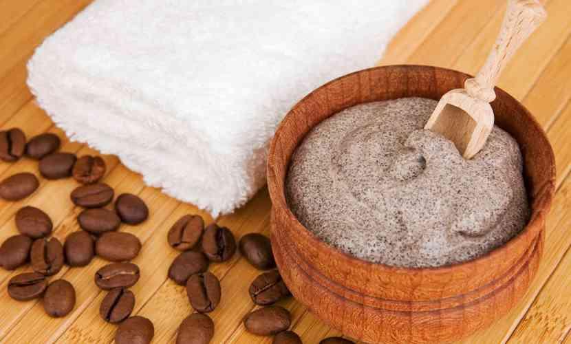 exfoliant anticelulitic cu cafea